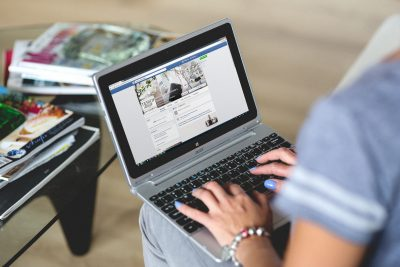 8 ways Facebook posts can help or hinder your divorce